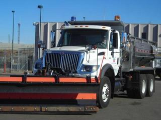 Denver-Snow-Plow-30363780.jpg