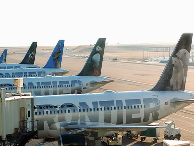 Frontier pilots hold protest about pay