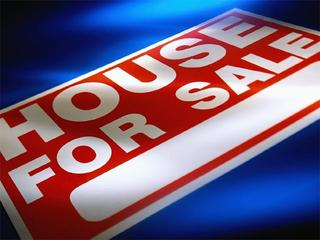 House-For-Sale-Sign-19832944.jpg