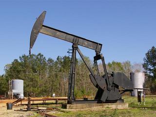 Colorado officials delay talks on oil, gas rules