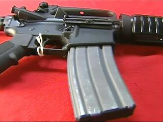 Assault-Rifle-close-up-13788348-10946.jpg
