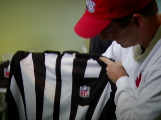 NFL_replacement_referee_talks_about_job__33230001_20121015020502