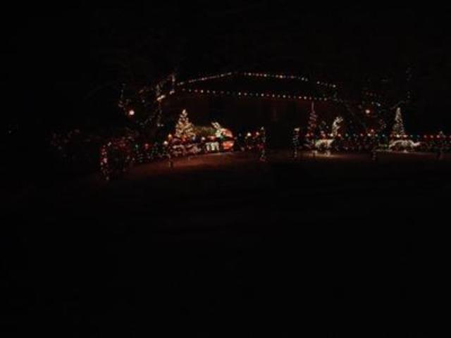 See Viewers Holiday Light Displays V1 Lifestyle Gallery