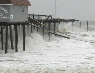 Hurricane Sandy destroys pier-10946