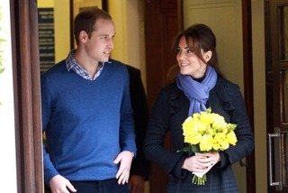 Kate Middleton leaves hospital web_1354794893659.jpg