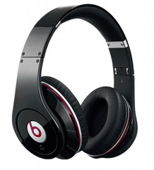 Beats by Dre headphones-10946
