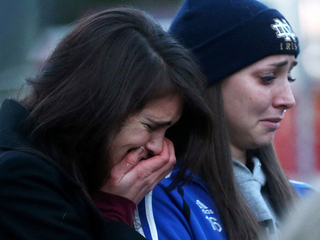 Mourners react to Sandy Hook-10946