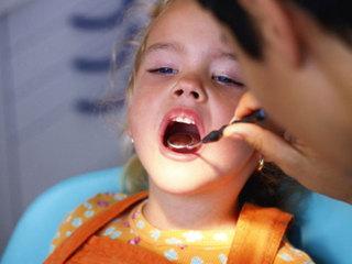 Debbie's Deals: Free dental exams for kids