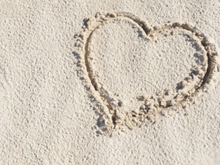 heart-in-the-sand_1360777001124-10946.jpg