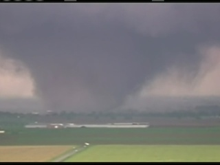 Raw video of Moore, Oklahoma tornado