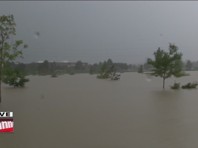 Aurora flooding turns Utah Park into lake