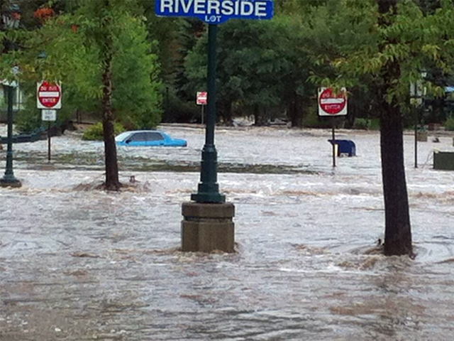 Flooding in downtown Estes Park, courtesy: Estes Park News