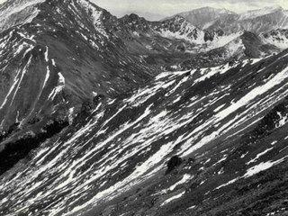 Hiker found dead near summit of Mount Harvard