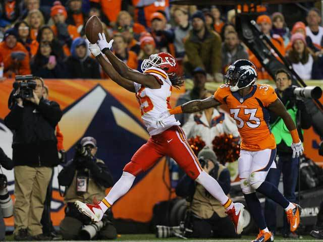 Broncos take low-risk gamble on Jamaal Charles