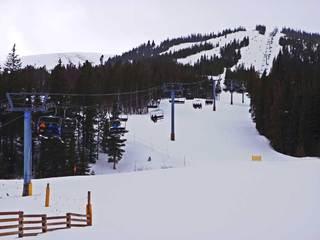 Man, 48, dies in Breckenridge ski accident