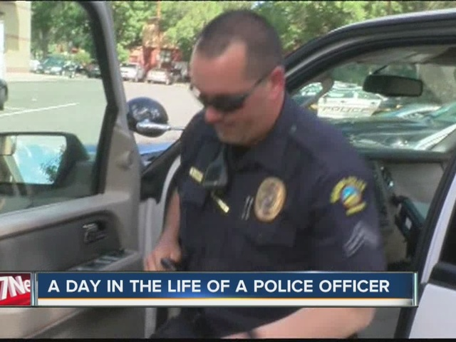 a day in the life of a police officer A day in the life of a narcotics officer let me start with this, it is nothing like you see in the movies unfortunately, not a lot changed in the nearly seven years i worked as a narcotics officer.