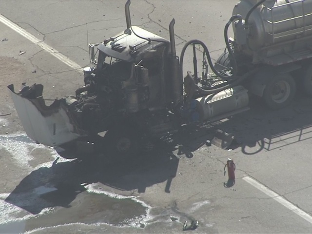 2 dead after crashing into semi on Hwy  85