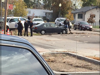 Chase ends with suspects ramming into patrol car