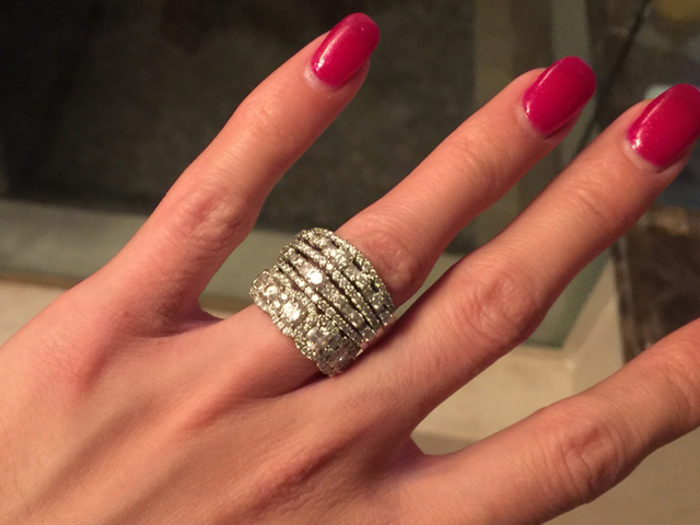 denver woman asking for help after losing 85k wedding ring at denver nuggets game wednesday night - Lost Wedding Ring