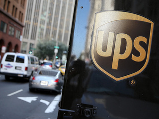 UPS to hire 1,600 Denver holiday workers