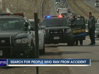 DougCo officials looking for car crash suspects