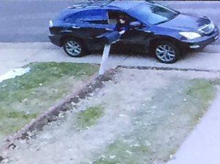 Thieves target mailboxes around Denver