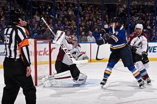 With Varlamov record, Avs beat Blues 3-1