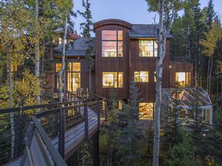 PHOTOS: Inside Oprah's $14M Colorado home
