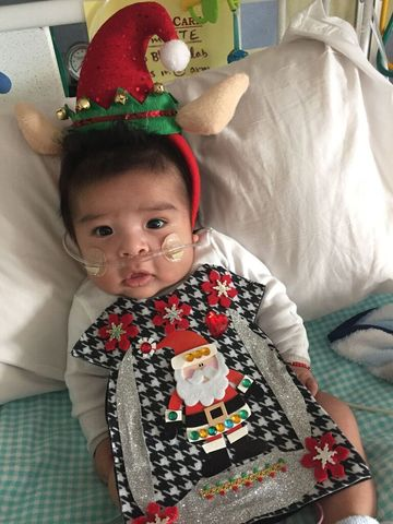 PHOTOS: NICU babies celebrate Christmas with 'ugly' sweaters ...