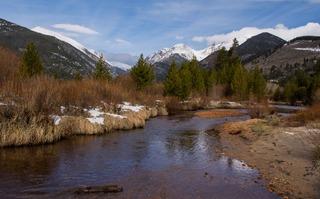 Communities worried about glacier water supplies