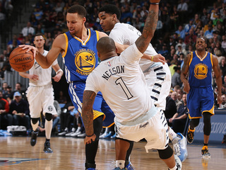 Nuggets take down Curry, Warriors