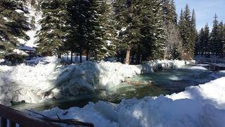 WATCH: Unusual ice jam threatens Gunnison