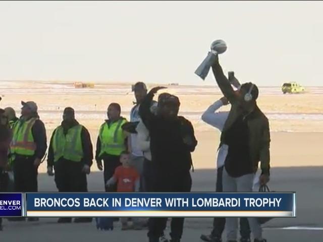 Denver Broncos return to DIA