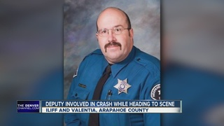 Life-saving efforts for deputy trapped in crash