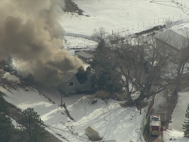 RAW: Heavy smoke over Larkspur after flames engulf home