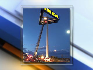 Winds damage IKEA sign, close I-25 for 2 hours