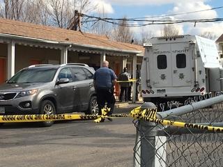 Dead body found in motel on Federal Blvd.