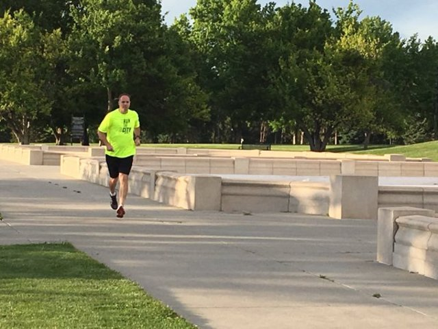 Pastor running 100 miles for the homeless