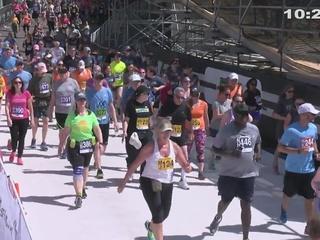 10:25-10:30 AM Bolder Boulder Finishers