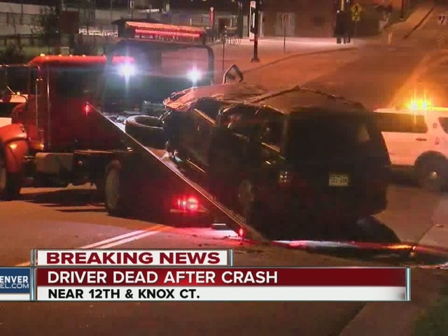 Driver dies after hitting street sign, fire hydrant, tree and fence in…