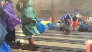VIDEO: People at Red Rocks get pelted with hail