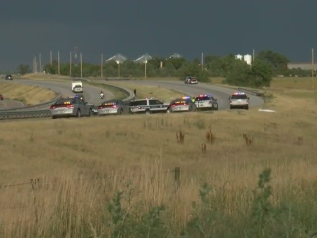 RAW: 1 killed in crash on I-70 east of E-470