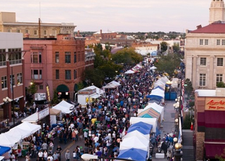 Chile and Frijoles Festival attracts thousands