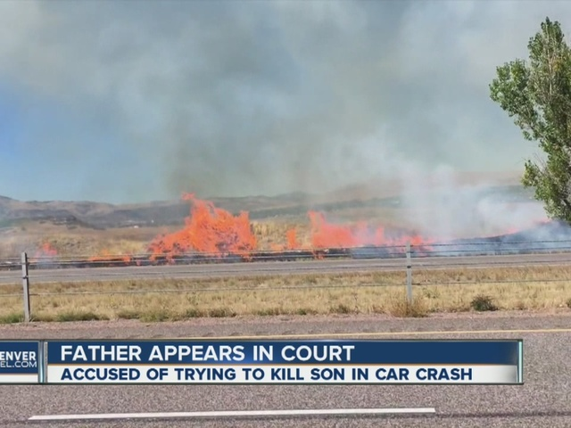Grass fires temporarily close down Highway 285