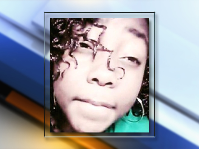 Mother of missing Aurora teen pleads for help