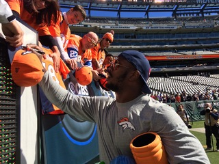 Von Miller wins AFC Player of the Month honors