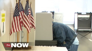 Early voting begins in Iowa