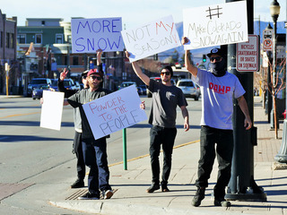 Steamboat Springs residents protest lack of snow