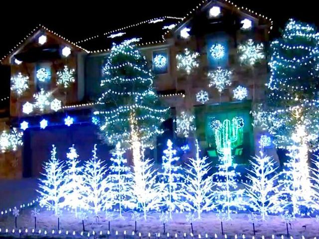 Poll: When do you put up Christmas decorations - Denver7 ...
