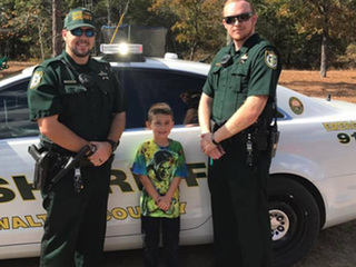 Fla. boy calls deputies over for Thanksgiving